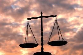 """""""公证机构 区块链"""" 互联网法院探索新模式"""